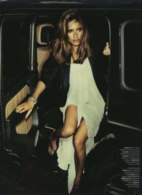 Cosmopolitan_12_05-4