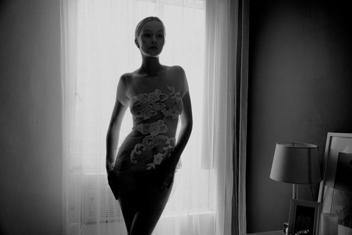 Simone-Holzhangel-for-ModelMaison_credit_Cybele-Malinowski-004-1200x8004