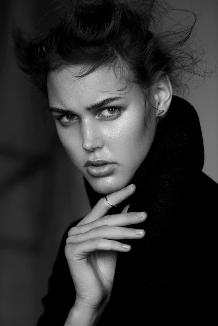 Tyna_Tomanova_Institiute_Magazine_2_blog