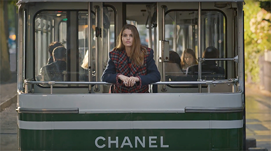 Luna_Bijl_Chanel_boot_ChicManagmement_News