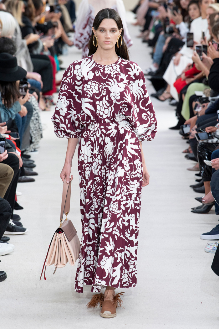 9d53becf5 Valentino S/S 2019 | Chic Management